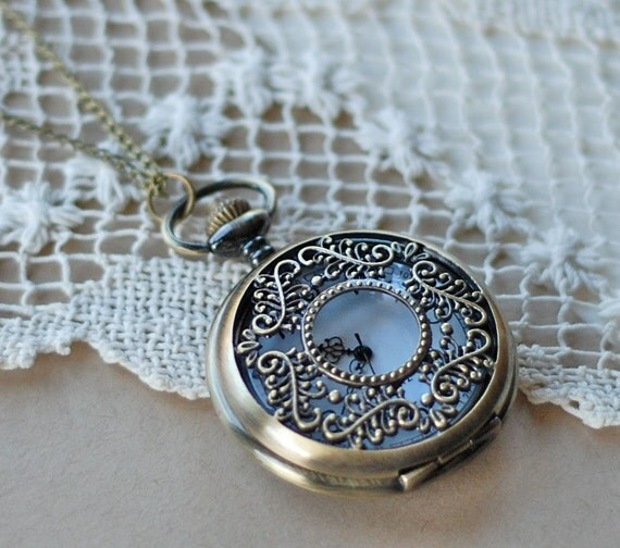 Pocketwatch Necklace Carpe Diem
