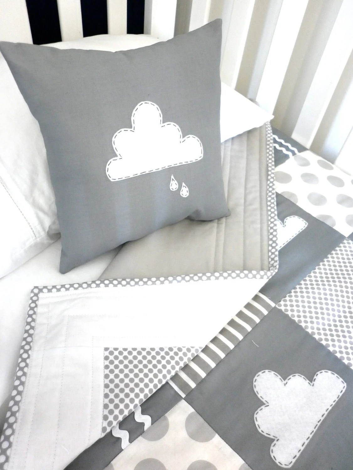 Animal Monkey - Cloud Cushion & Quilt