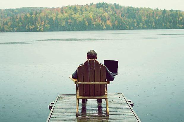 Интернет, бизнес и деревня. Плюсы и минусы удаленной работы в Интернете