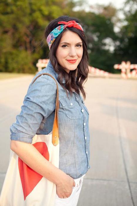 11 эффектных вариантов весенних причесок с платком