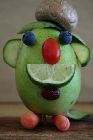 Грушевые головы: забавные игрушки для детей (фото)