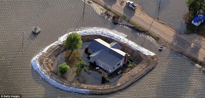Дома с личными дамбами в Миссисипи (фото)