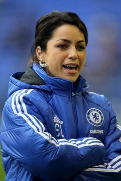 Ева Карнейро. Женщина врач футбольного клуба «Челси»