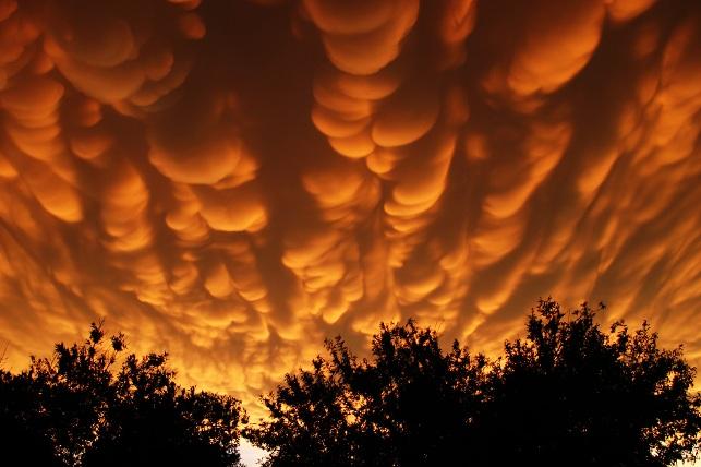 nubes mastodonticas mammatus clouds