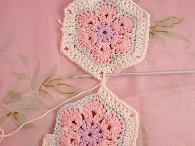 Flower crochet piece AFRICAN FLOWER for knitting toys (5) (400x300, 81Kb)