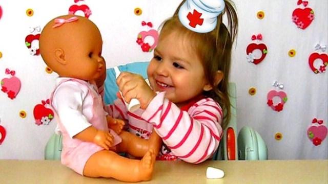 Игра в «доктора» у детей: проблемы