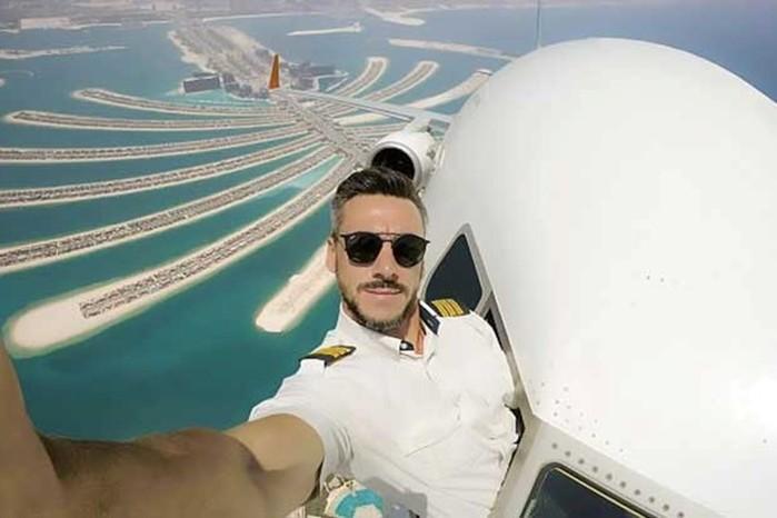 Стоит ли доверять этому провокационному селфи пилота?