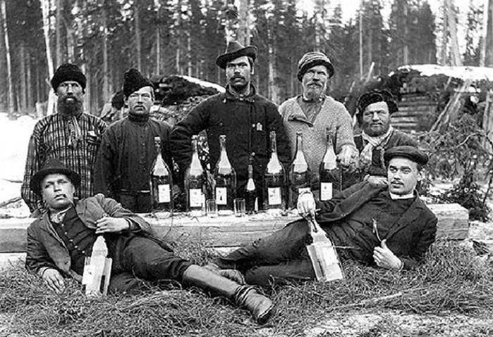 Когда в СССР пили больше всего