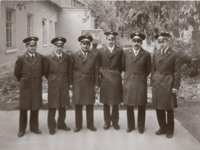 Какие неуставные традиции советских офицера соблюдаются до сих пор
