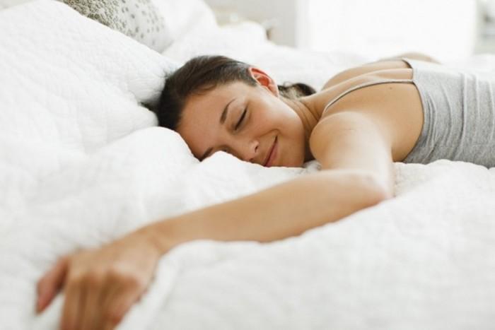 Самые опасные позы для сна