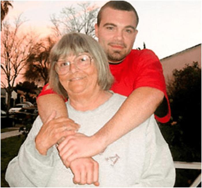 Была мамой— стала женой своего сына. 4 шокирующие истории некоторых семей