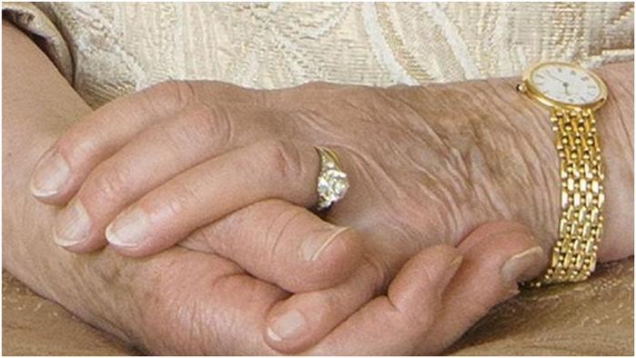 Платиновую свадьбу отмечают королева Елизавета II и принц Филипп