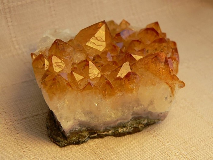Натуральный камень вашей удачи и благополучия по знаку Зодиака