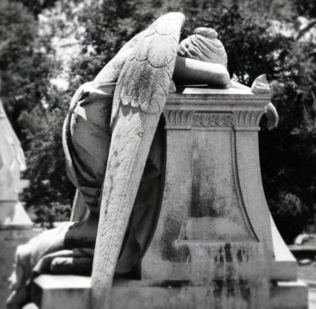 «Ангел скорби»: трагическая история загадочного памятника