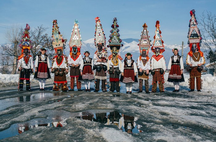 Кукер— новогодний ритуал в Болгарии