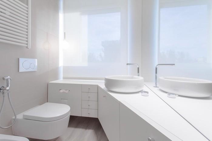 Интерьер белоснежной квартиры в северной Италии