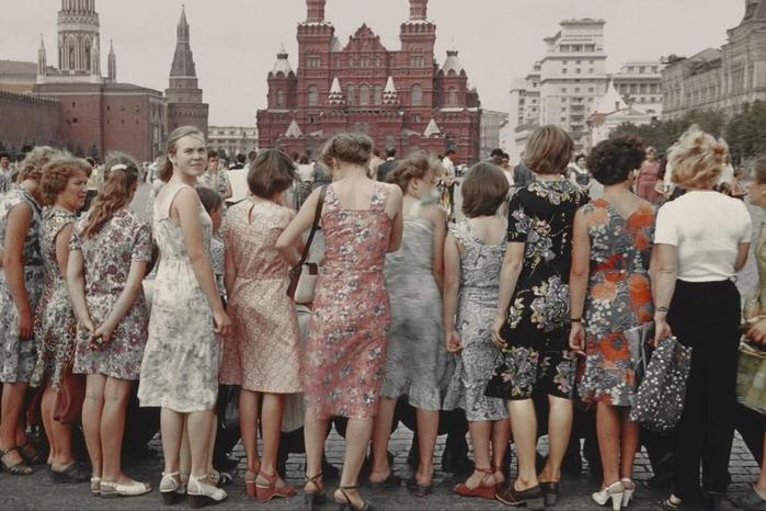 На сколько сократилось население России в 1990 е годы