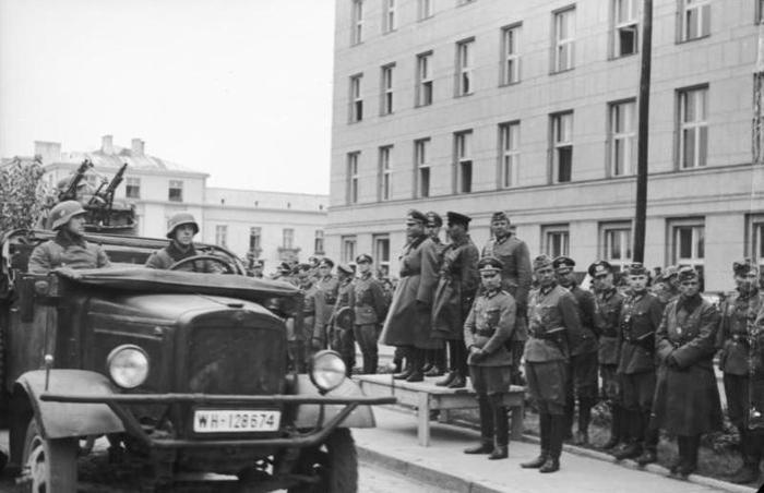 Совместный парад Вермахта и Красной Армии в Бресте
