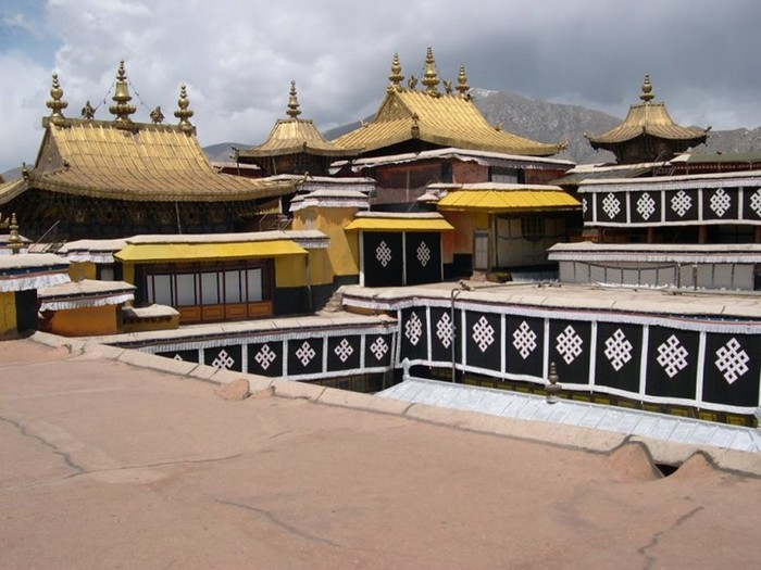 Чем знаменит дворец Потала, Лхаса. Интересные факты о высокогорном тибетском чуде