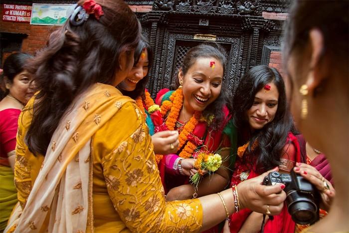 Девочка Кумари— живое божество в Непале