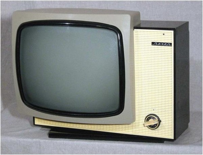 10 знаковых моделей чёрно белых телевизоров советского производства