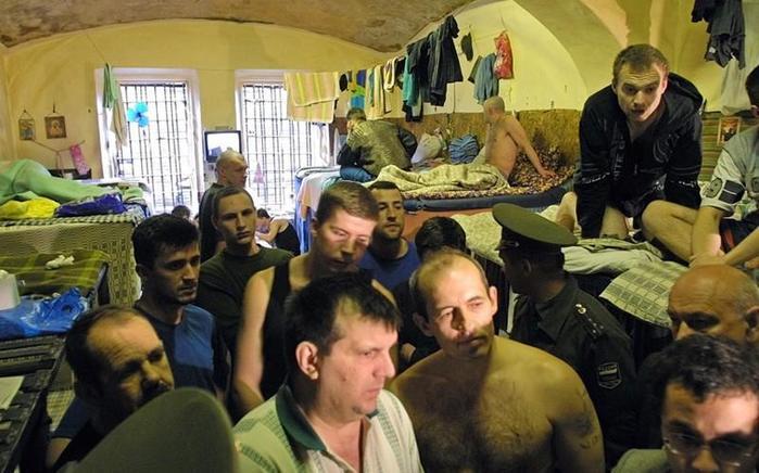 7 слов, которые нельзя говорить в русской тюрьме