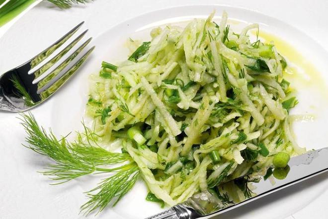 Как приготовить газапхули   салат из капусты и стручковой фасоли