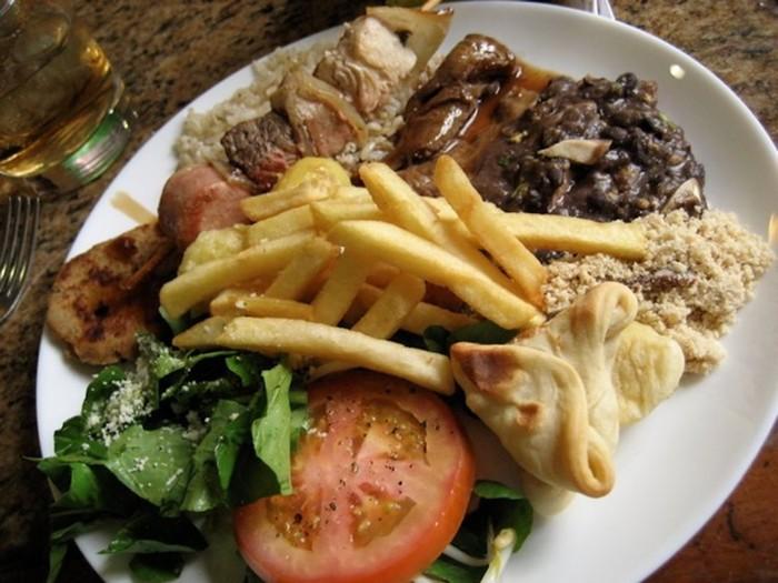 Как выглядят обеды в разных странах