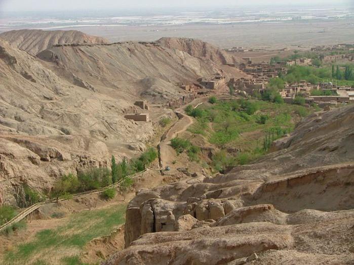 Удивительный каньон Туюйгоу на северо западе Китая