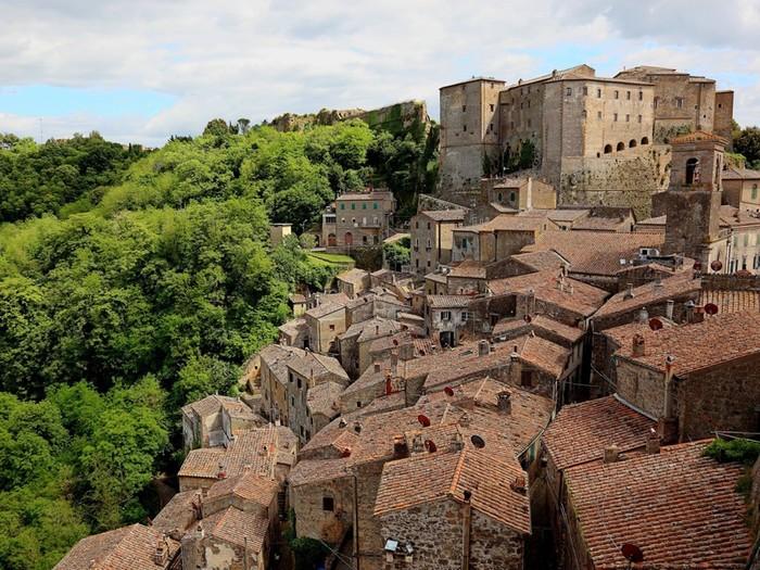 9 самых красивых горных городов Италии