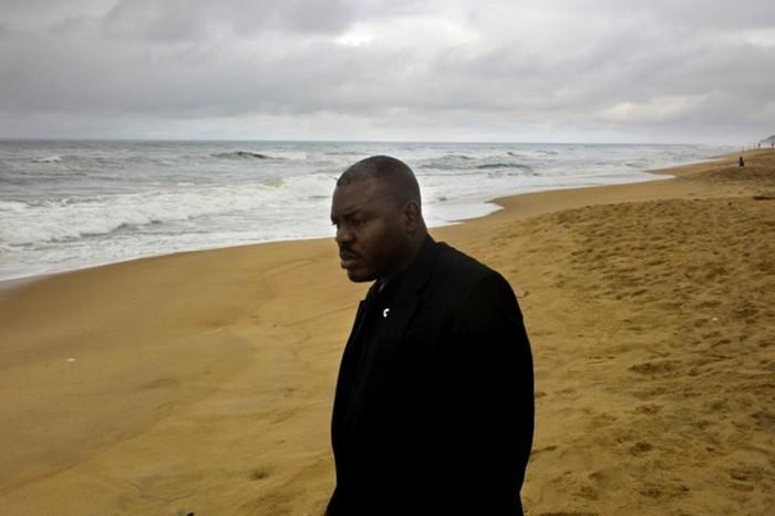 Кровавая история либерийского генерала, который шел в бой без штанов и ел человеческие сердца