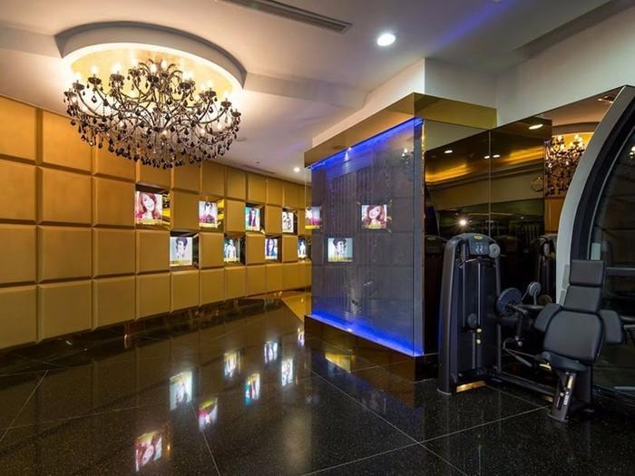 Абонемент в роскошный спортзал Centuryon стоит почти 2 миллиона рублей