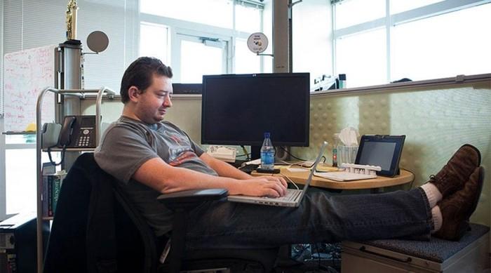 Программист автоматизировал свою работу и водил за нос руководство в течение шести лет