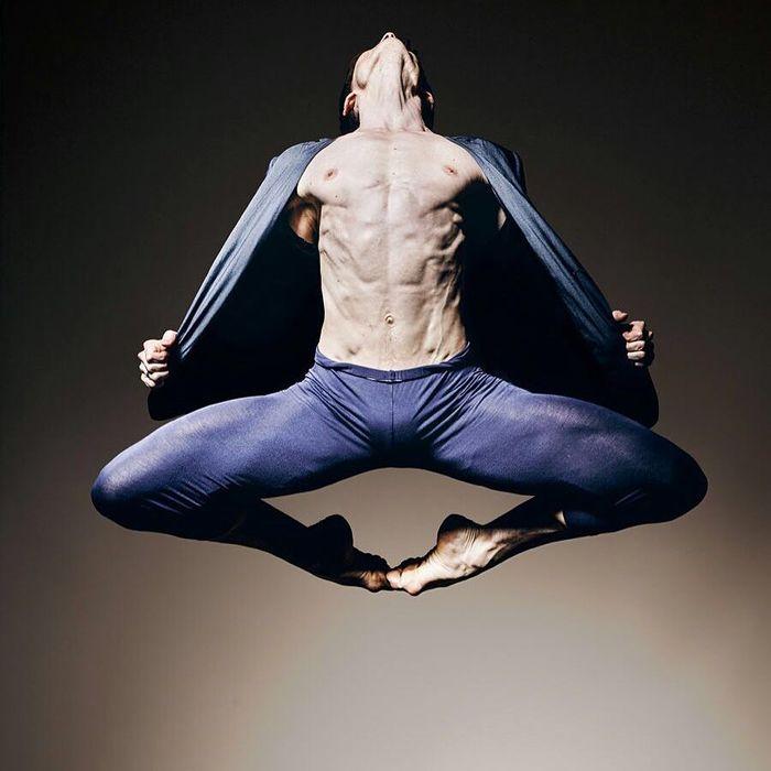 15 потрясающих фото, которые показывают силу танцовщиков балета