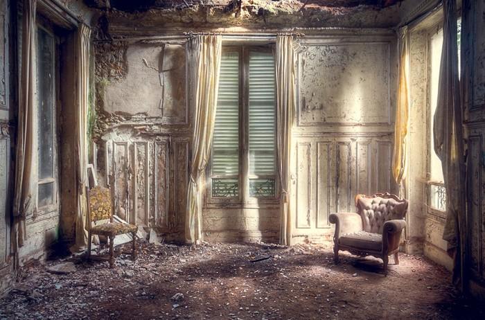 Заброшенные здания: таинственные и притягательные фотографии