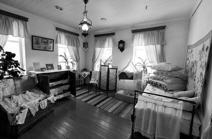 Не только кровать: как спали в разных странах в прежние времена