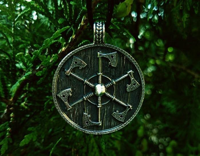 В чём сила Коловрата: значение и использование символа