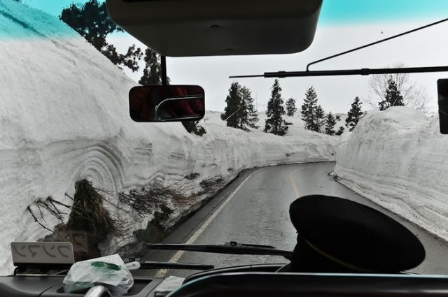 Путешествие в долину снега в Японии