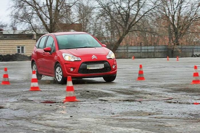 5 советов водителям, как по настоящему грамотно управлять автомобилем, не растрачивая топливо впустую