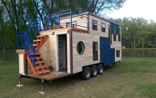 Дом на колёсах, в котором можно жить даже при минус 45 градусах