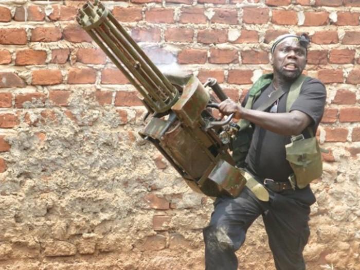 Невероятные боевики за 200 долларов: Вакаливуд из Уганды