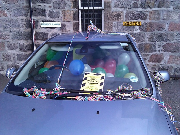 Несколько креативных способов отомстить водителям, которые не умеют парковаться