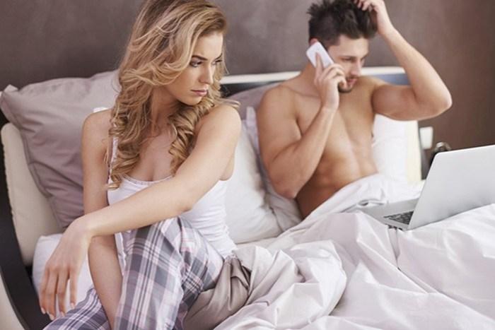 20 мужских привычек, которые раздражают женщин