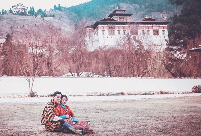 Кейт Миддлтон из Бутана: жизнь самой молодой королевы в мире