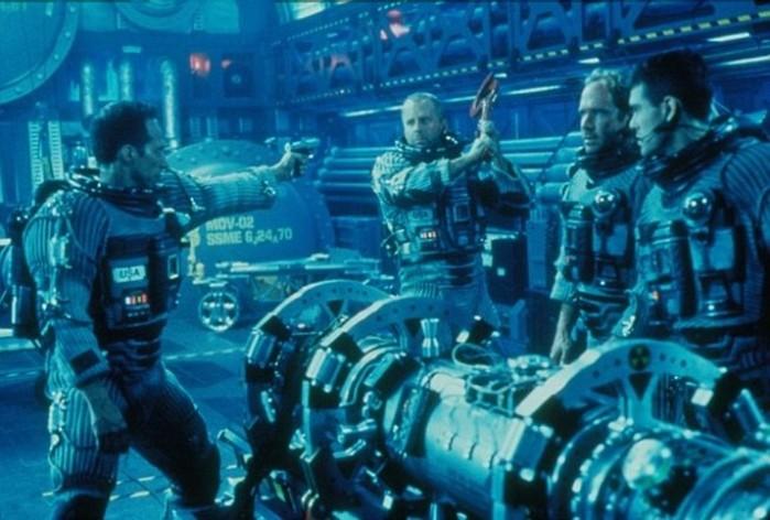 Сколько нужно Царь бомб, чтобы спасти Землю? «Армагеддон», с точки зрения науки