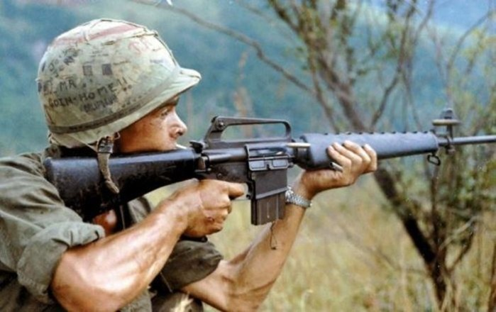Оружие, которое ненавидят сами солдаты: 5 худших автоматов