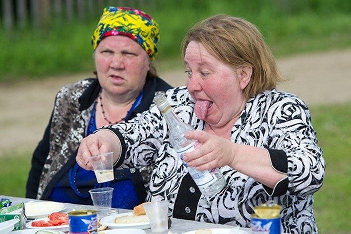 Почему россияне столько пьют ине останавливаются даже встарости