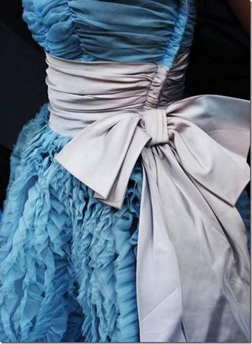Небесно голубой цвет дарит ощущение лёгкости