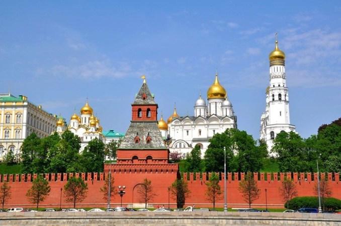 Какая башня Кремля на самом деле является главной?