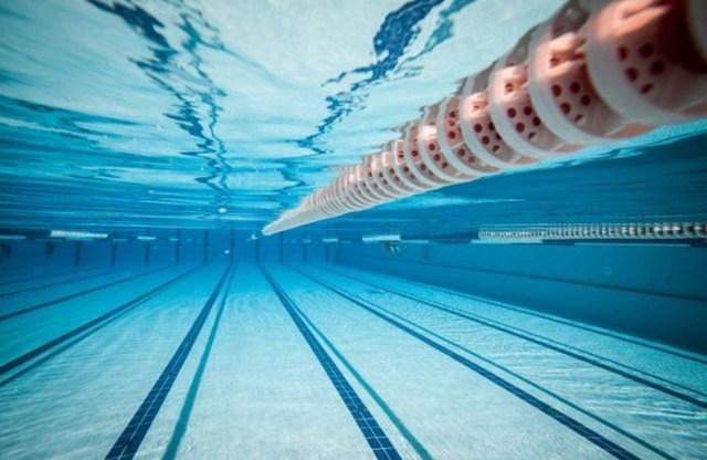 Жуткие факты о бассейнах, которые отбивают охоту там плавать: моча еще не самое страшное!